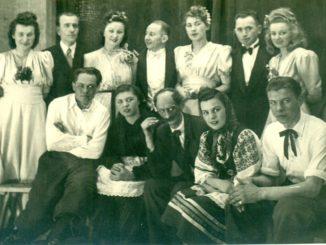 Zespół teatralny z chodakowskiej fabryki jedwabiu