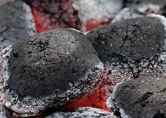 charcoal-2396754_640