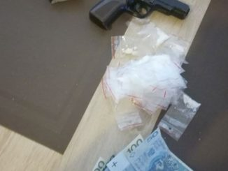 Dół - Oskarżeni o rozbój i narkotyki